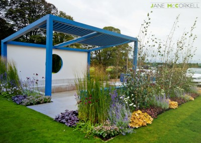Think Blue - Bloom 2011 - borders 2